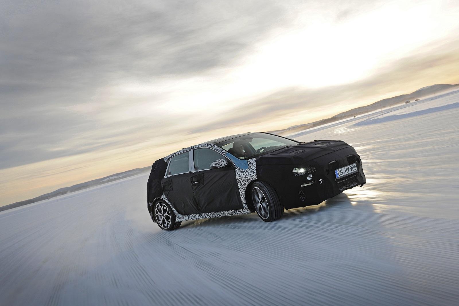 A Hyundai I30 N-t Thierry Neuville tesztelte Svédországban