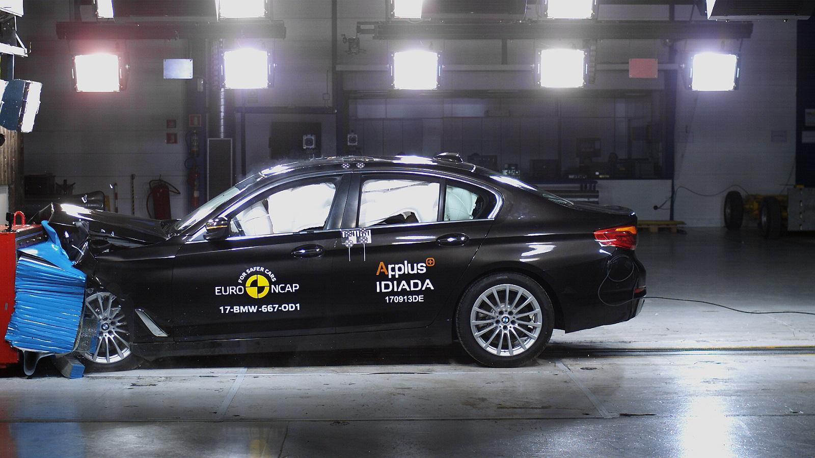 5 csillagos törésteszt a BMW 5-nek