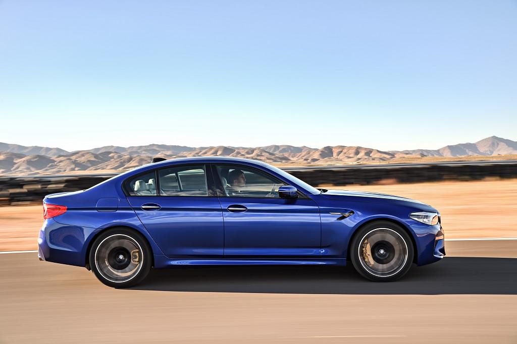 összkerekes BMW M5
