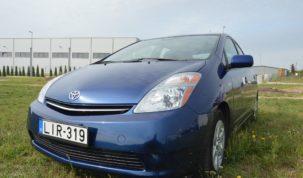 Toyota Prius teszt