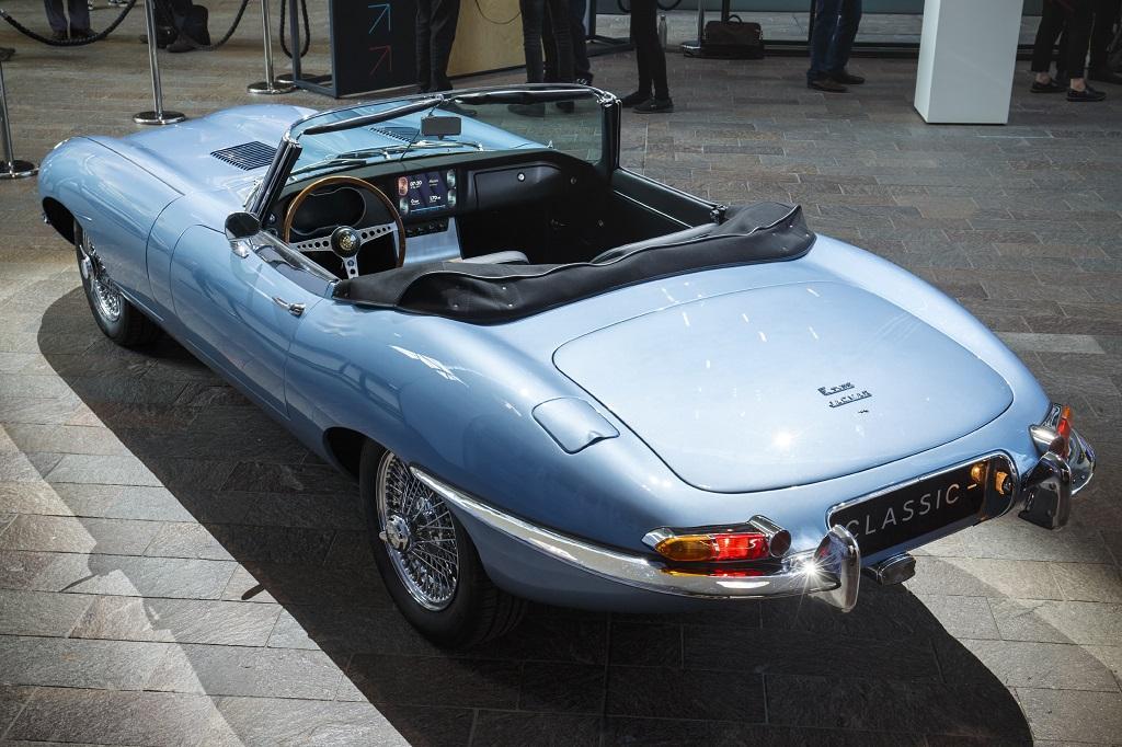 elektromos Jaguar E-type Zero