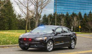 hybrid Ford rendőrautó