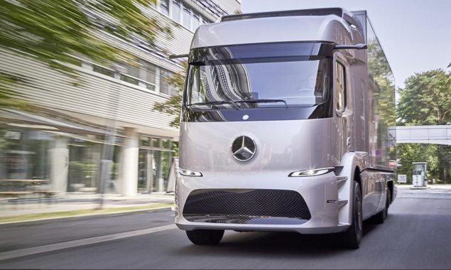 Mercedes eTruck díjat kapott