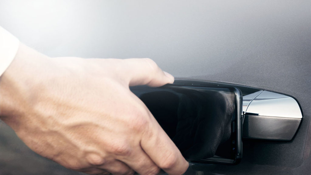 Slusszkulcs helyett okostelefon