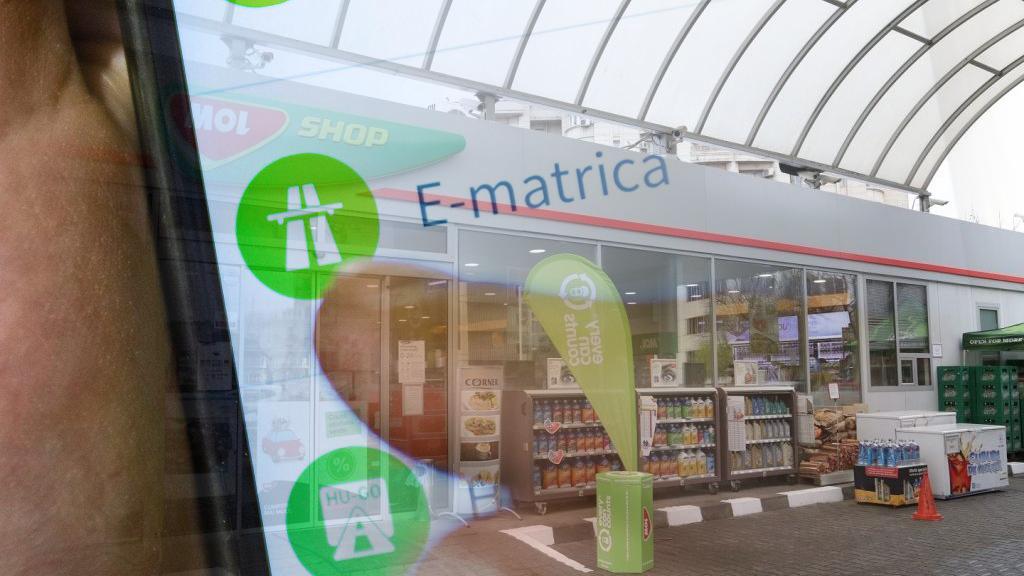 Vasárnap hajnalban nem vásárolható E-matrica