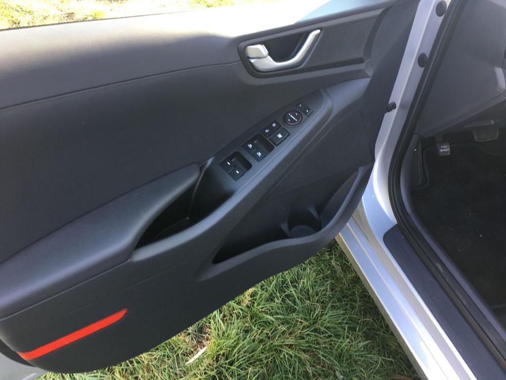 Sportos elegancia - Hyundai Ioniq plug-in hibrid teszt