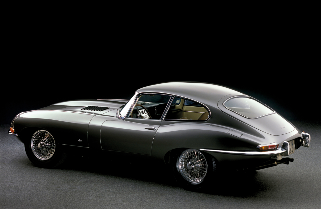 Eladó egy híres Jaguar E-type