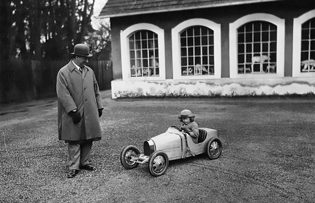 Bugattit a gyereknek