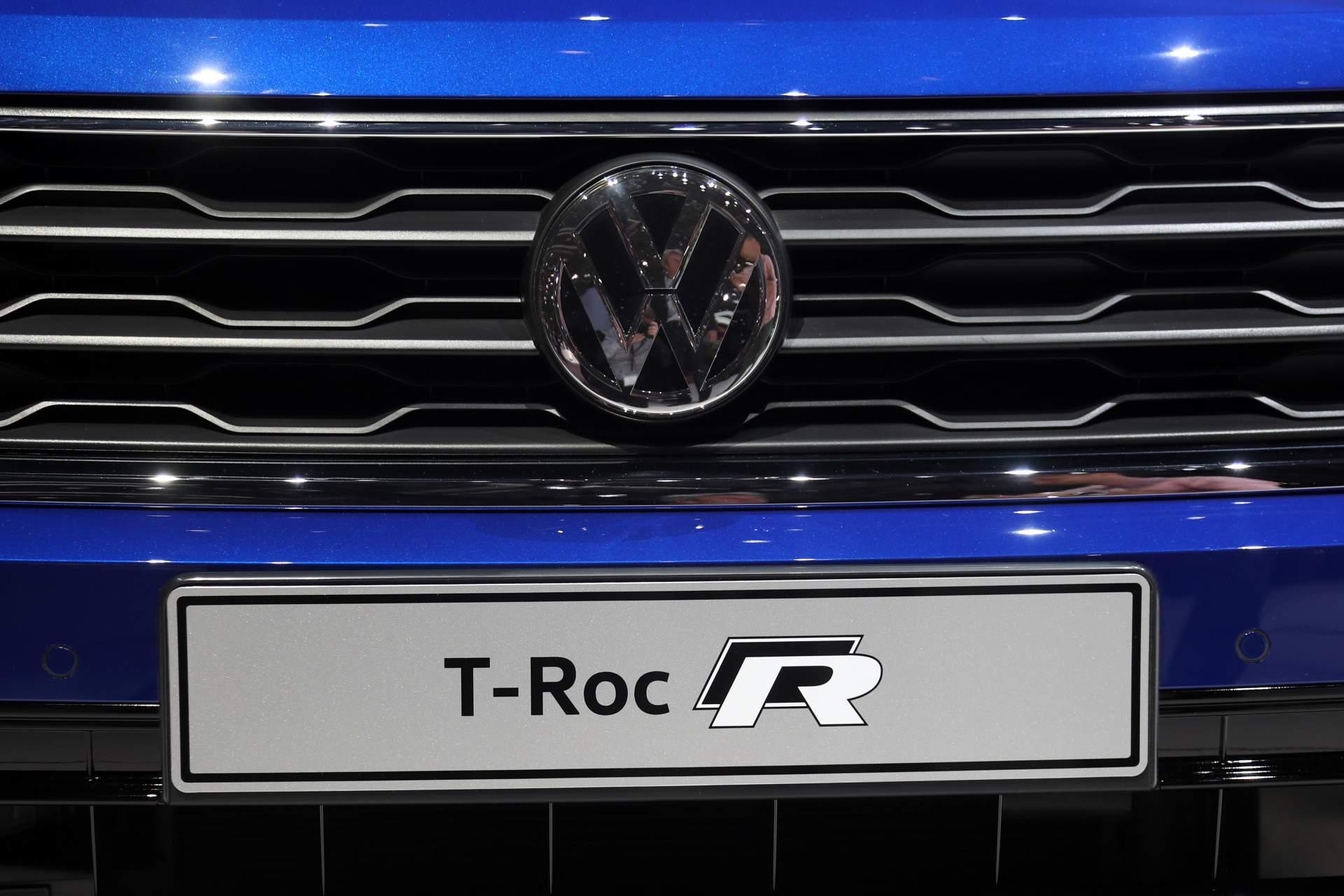 VW T-Roc R 300 lóerő