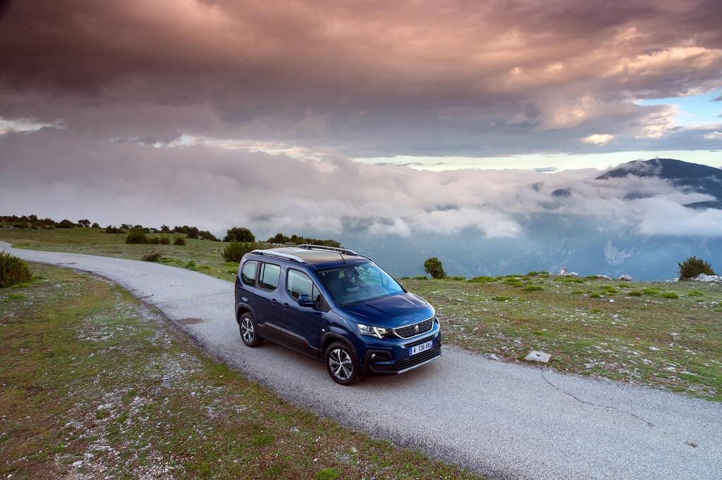 Peugeot év autója