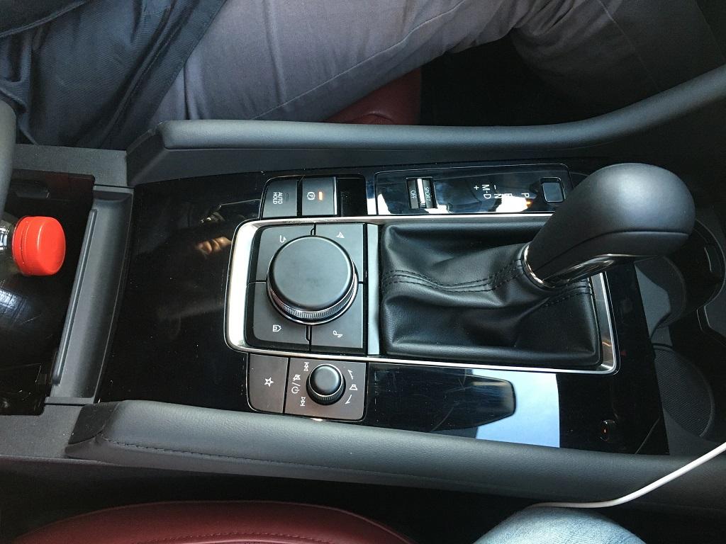Mazda 3 teszt