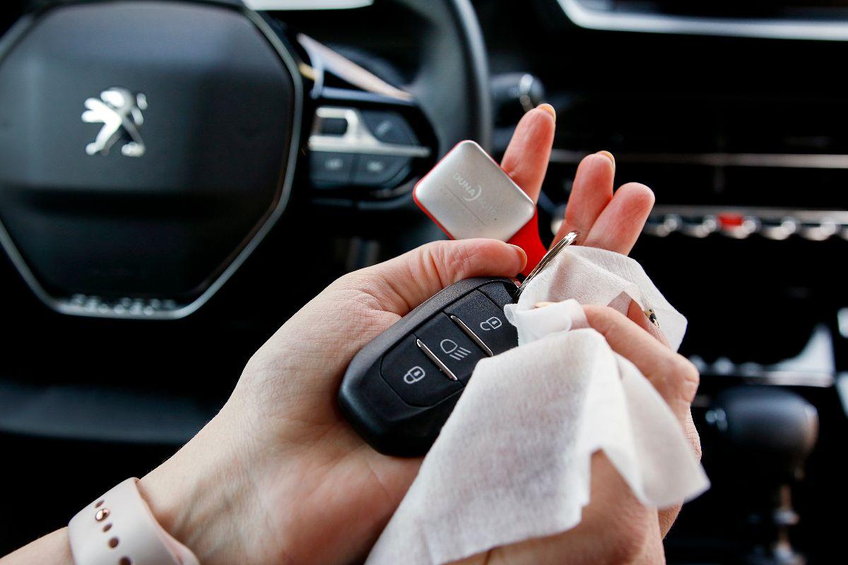autó fertőtlenítése