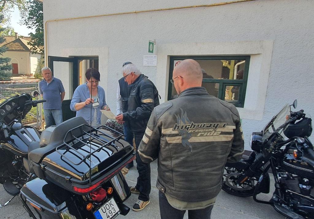 Harley-Davidsonon érkezett a segítség
