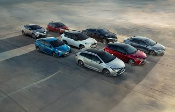 15 millió Toyota hibrid