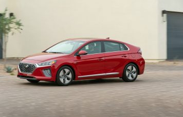 2020-as Hyundai Ioniq Hybrid