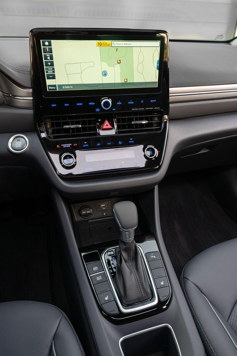 2020-as Hyundai Ioniq Hybrid