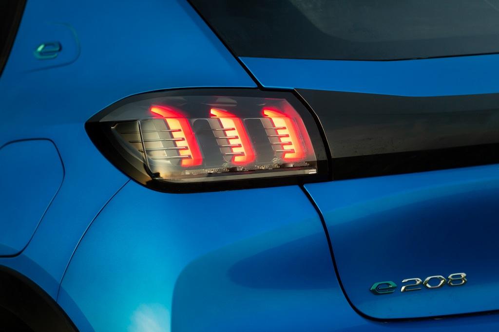 elektromos Peugeot 208
